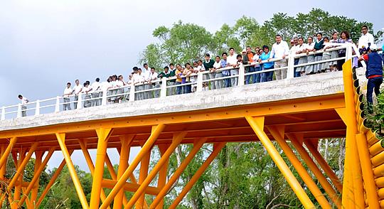 Inaugura ASR el puente Tierra Blanca-Frijolillo en Tuxpan