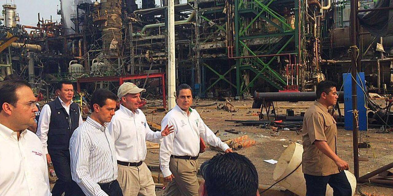 Atienden Presidente de la República y Gobernador de Veracruz a familias de Coatzacoalcos