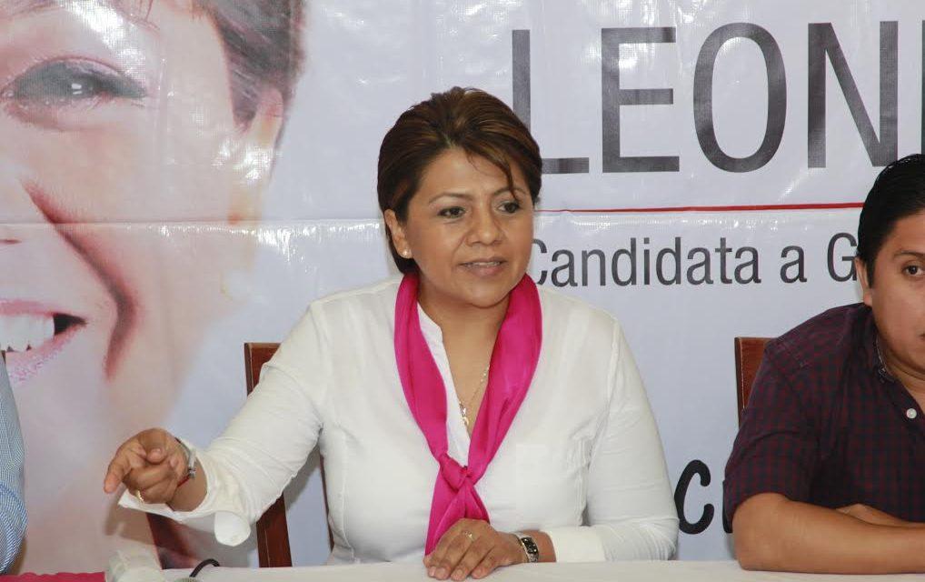 """""""MIYULI y su familia siempre se han visto involucrados en escándalos; panistas deben valorar el tipo de gobernador que vamos a tener si gana"""": Alba Leonila"""
