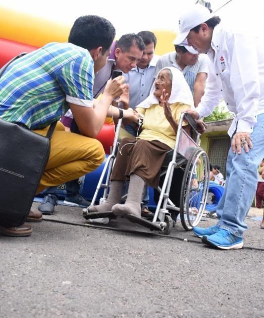 «Pipo» Vázquez: «Mi campaña es austera; sin guaruras, sin jets y sin helicópteros»