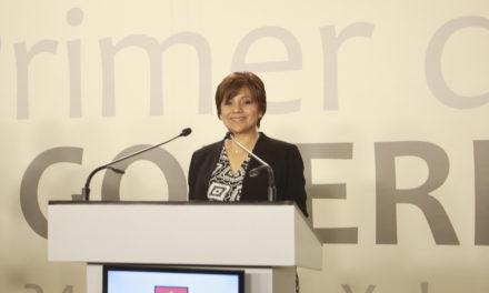 Una nueva oportunidad para Veracruz, ofrece Alba Leonila en el debate