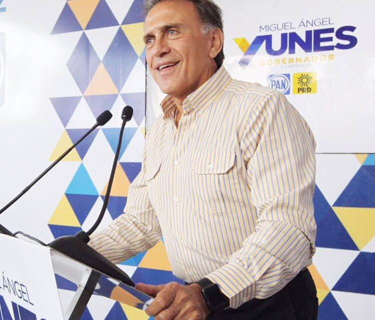 """""""Veracruz se reconstruirá con ideas, programas y propuestas, no con lodo"""": Miguel Ángel Yunes Linares"""