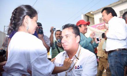 """Acayucan se suma a la """"Pipomanía"""" y claman por un cambio para Veracruz"""