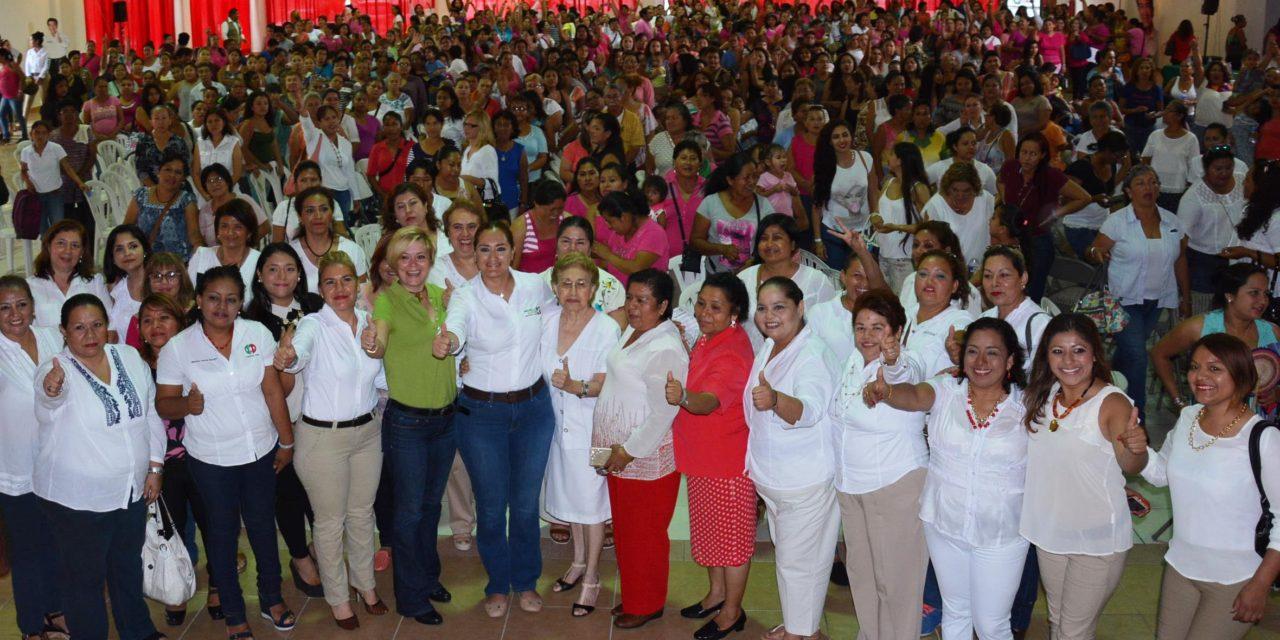 Mujeres con Michelle Gustin