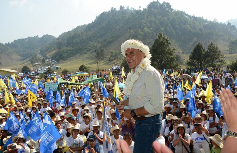 """""""La corrupción del gobierno priísta de Duarte hundió más en la pobreza a los indígenas"""": Miguel Ángel Yunes Linares"""