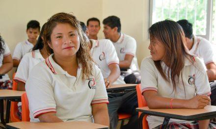 Inauguran un aula en Juana Moza