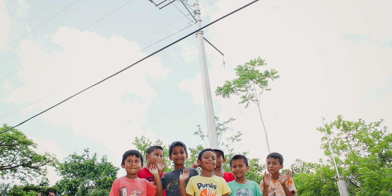 Ampliación eléctrica para calles de El Retiro