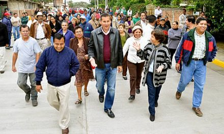 Inaugura ASR una nueva pavimentación en Tuxpan