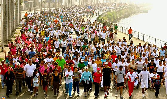 Más de 4 mil personas celebran el día de la salud y el de la familia en Tuxpan
