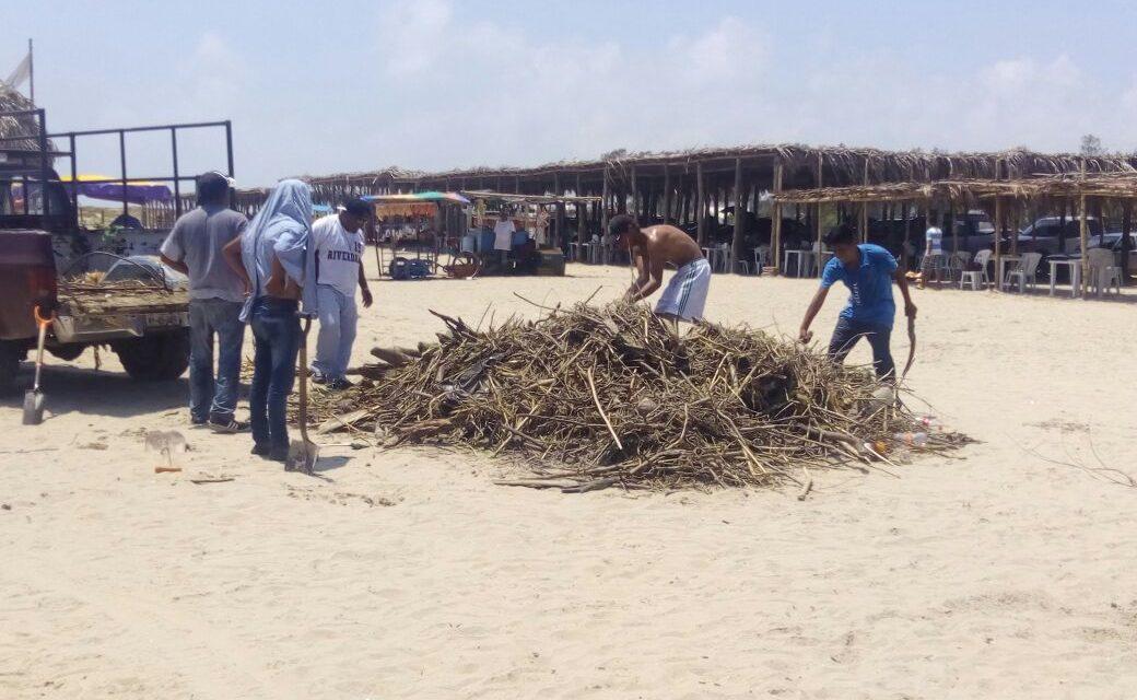 Retiran palizada de playas Tuxpeñas
