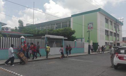 Se mantiene constante vigilancia en escuelas del municipio