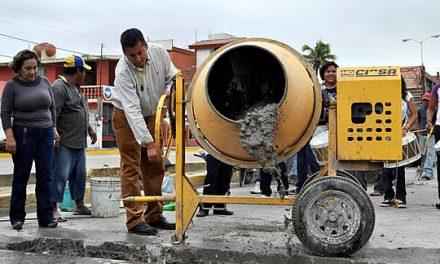 El Gobierno Municipal de Tuxpan transforma de manera directa a la colonia Ruiz Cortines