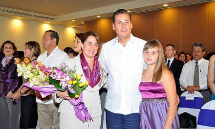 El DIF municipal está a la altura del proyecto municipal que tiene Tuxpan: Celín Farías de Silva