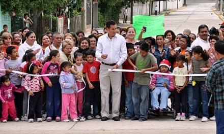 Entrega ASR una nueva pavimentación en Santiago de la Peña en Tuxpan