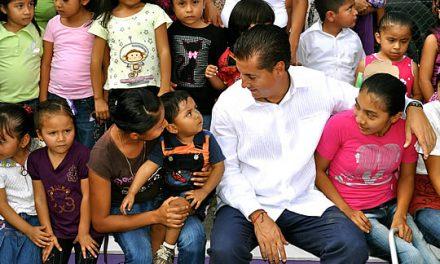 Continua el apoyo a las escuelas rurales en Tuxpan
