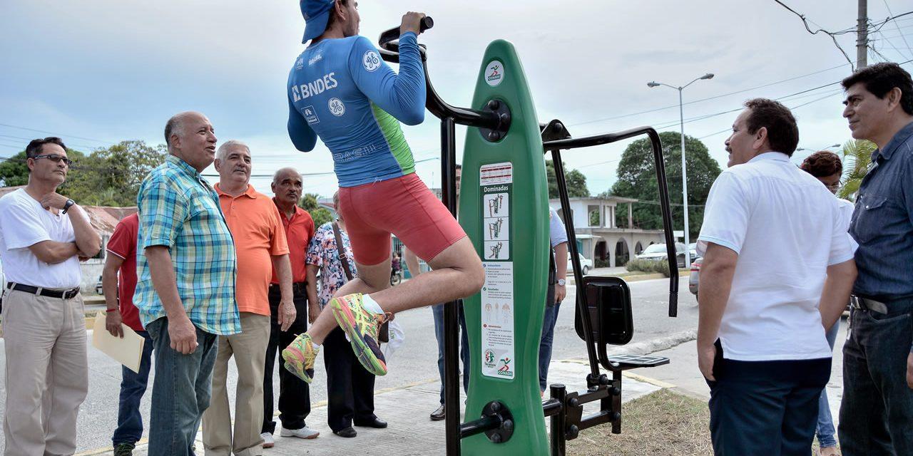 Inauguran Gimnasio al Aire Libre en Tampamachoco