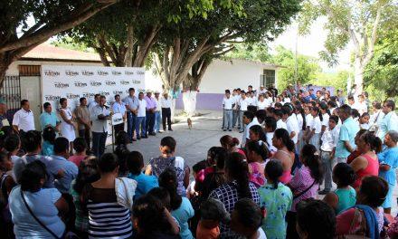 Sector educativo prioridad para Raúl Ruiz