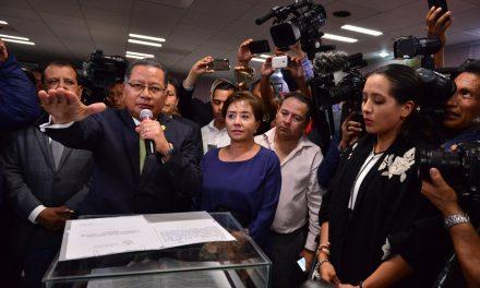 Rinde protesta Flavino Ríos Alvarado como Gobernador interino de Veracruz