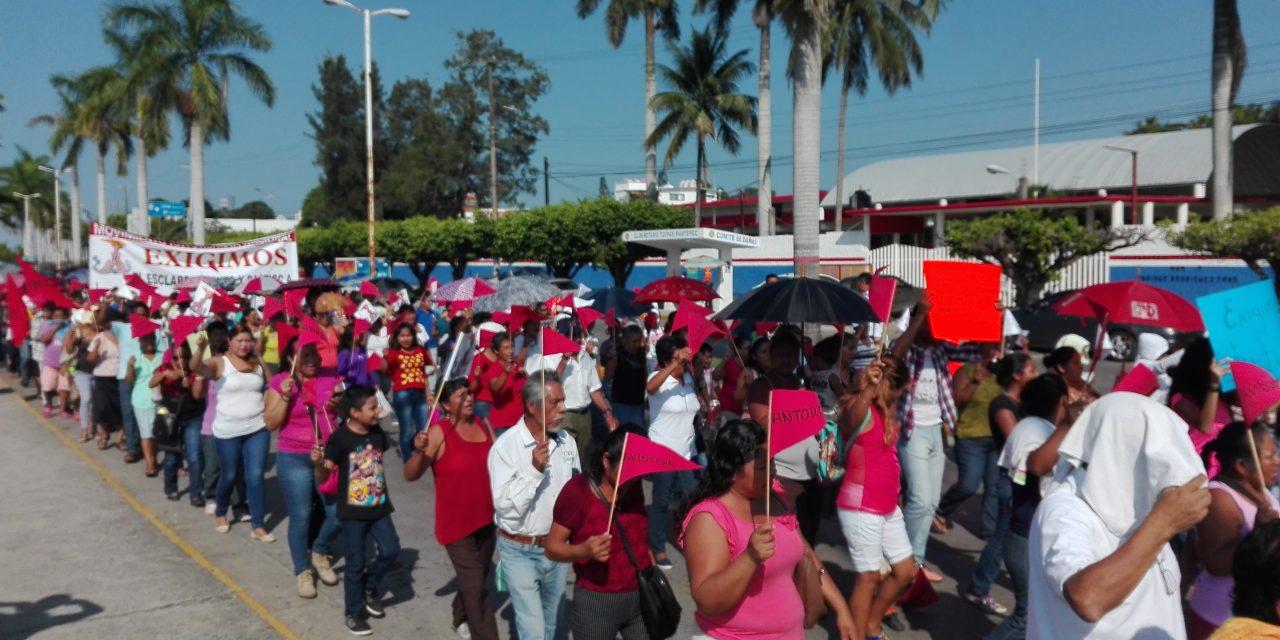 Con manifestación, exigen esclarecimiento del secuestro de dirigente Antorchista