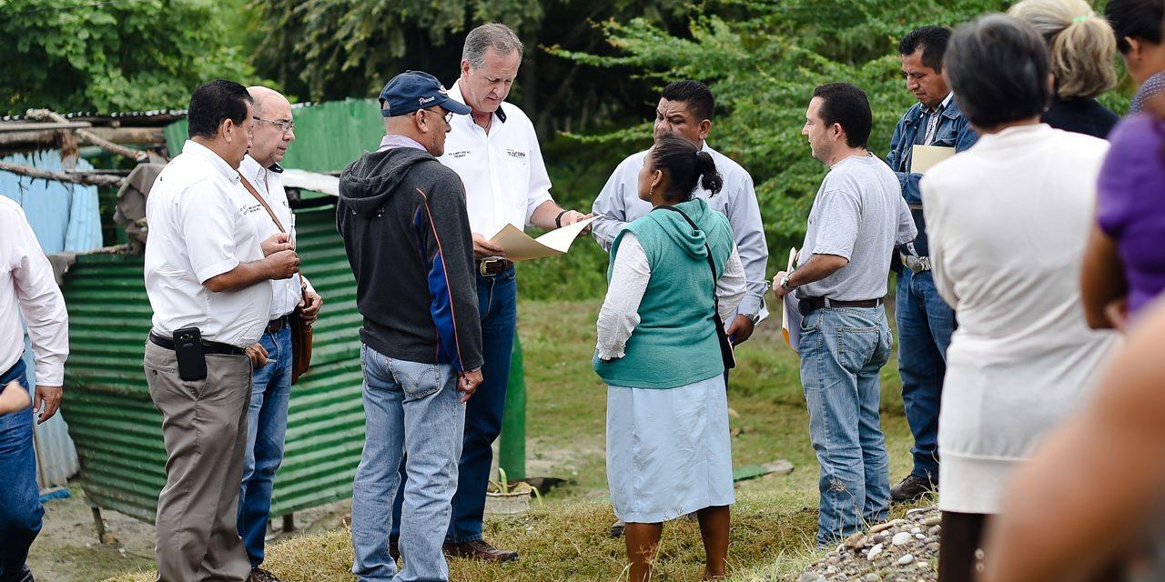 Gobierno de Raúl Ruiz Lucha Contra el Rezago Social