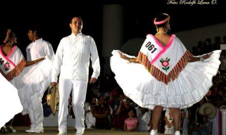 Celebrán 10° Concurso Nacional de Huapango en Tuxpan
