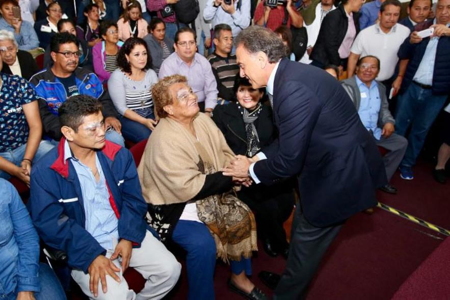 Mejorar la calidad de los servicios de salud es prioridad: Gobernador Yunes