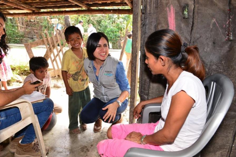 Acerca SEDESOL a familias del Norte del Estado los beneficios del programa Veracruz Comienza Contigo