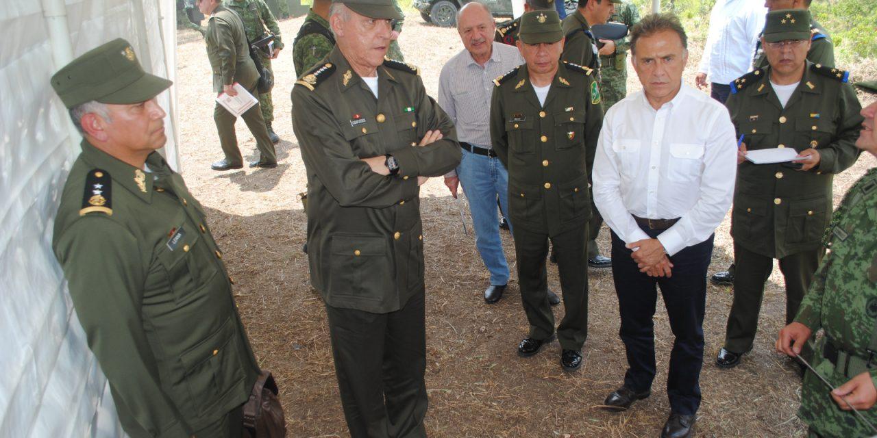 Titular de la SEDENA  realiza visita a Tuxpan