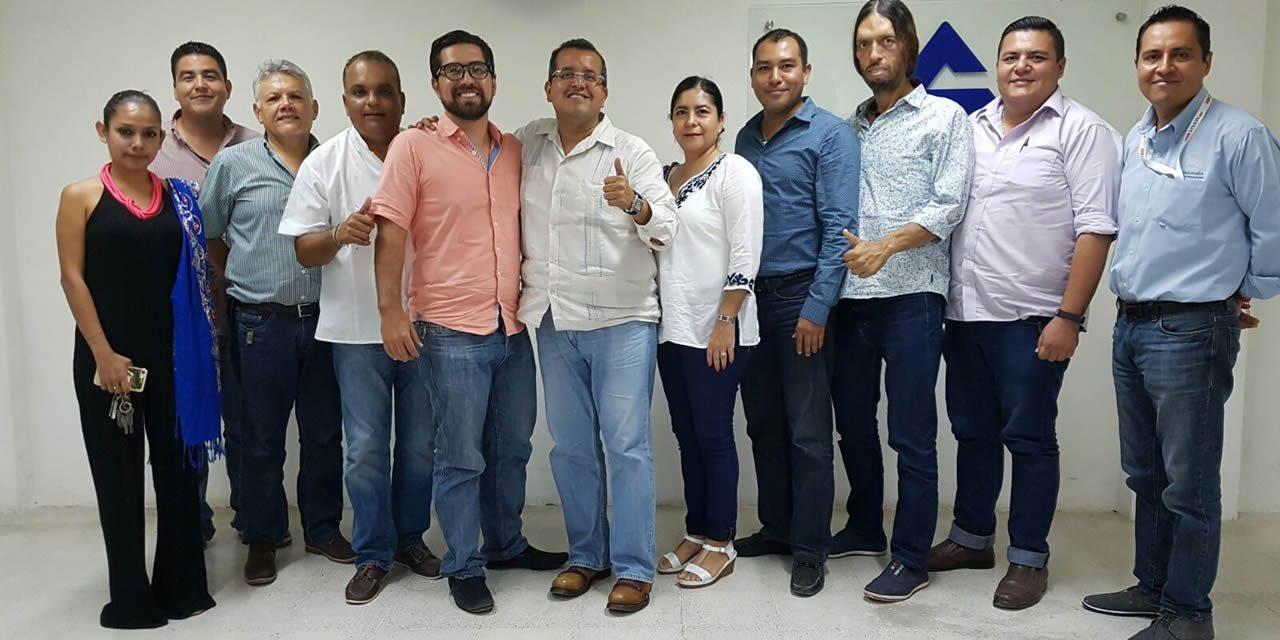 EMPRESARIOS DE TUXPAN SE CONVENCEN DEL PROYECTO MUNICIPAL DE ESTEBAN SALAS