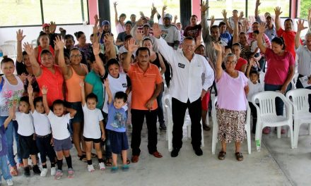 Vamos por accesos transitables en las comunidades: Everardo Gustin