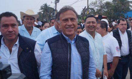 Yunes Linares supervisa Libramiento «Adolfo López Mateos»