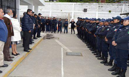 Toño Aguilar pide más compromiso a elementos policiacos