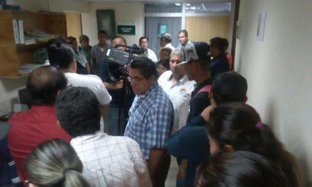 Organizaciones sindicales exigen atención adecuada en el IMSS Tuxpan