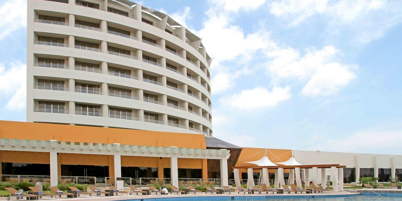 Hoteleros reportan mas del 90% de reservación