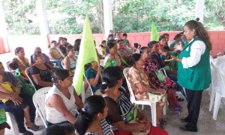 Crearé leyes justas que protejan a los hombres y mujeres del campo: Maryanela Monroy