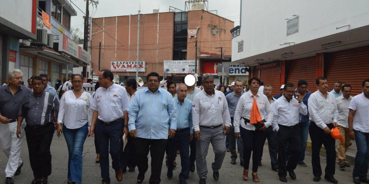 Alcalde encabeza desfile del «Día Internacional de los Trabajadores»