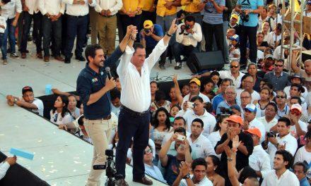 Tenemos que ganar para que Veracruz continúe con el cambio: Arturo Esquitín