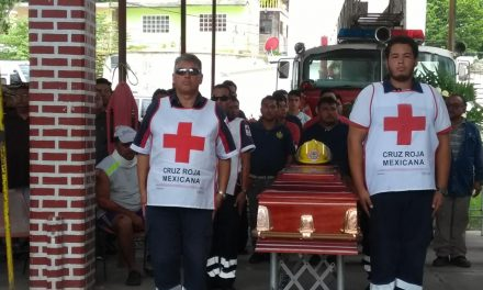 Trágico accidente enluta a bomberos