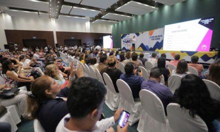 Miguel Ángel Yunes Márquez presenta su estrategia «Porvenir Incluyente»