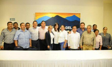 Se suman 10 alcaldes de MORENA, PRI y Partido Verde al proyecto de Miguel Ángel Yunes Márquez