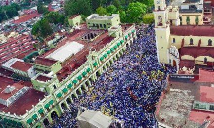 30 mil personas abarrotan Xalapa con Miguel Ángel Yunes Márquez