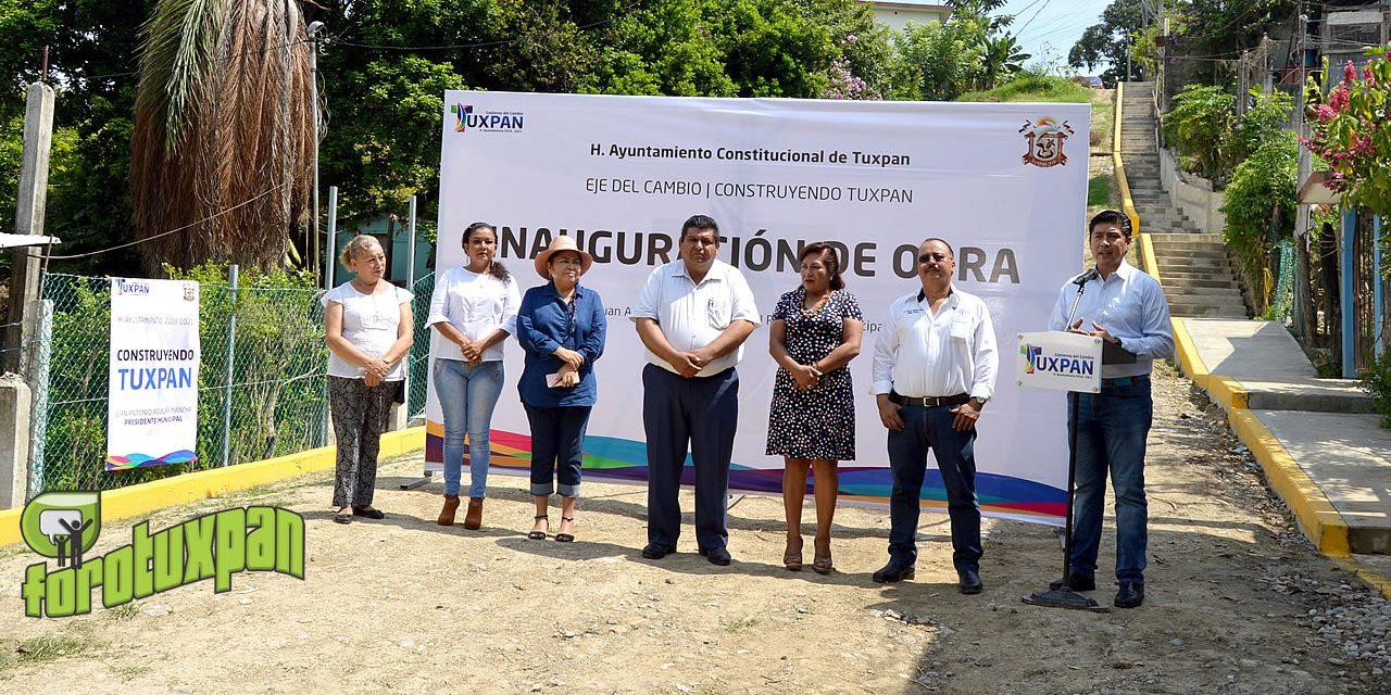Vecinos de la H. Colegio Militar agradecidos con Toño Aguilar