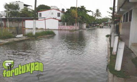 Lluvias Afectan Varias Colonias del Puerto de Tuxpan