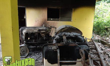 Incendio provocado Consume Casa en Comunidad La Joya