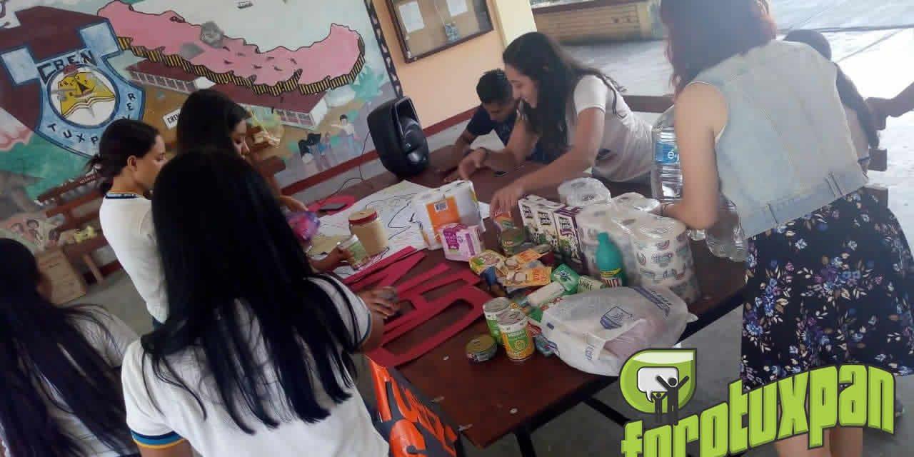 CREN Tuxpan Continúa con Centro de Acopio en Apoyo a Sinaloa
