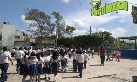 Escuelas de Tuxpan realizan simulacro de sismo