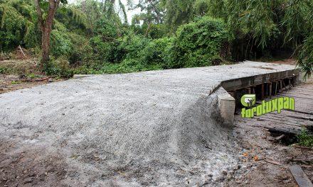 Gobierno municipal otorga apoyo para construcción de puente en la comunidad de Países Bajos