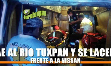 Cae al Río Tuxpan y se lacera