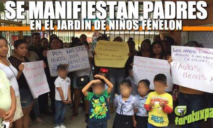 Se manifiestan padres en el Jardín de Niños Fénelon