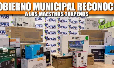 Gobierno Municipal reconoció el compromiso de los maestros tuxpeños para fortalecer a esta ciudad.